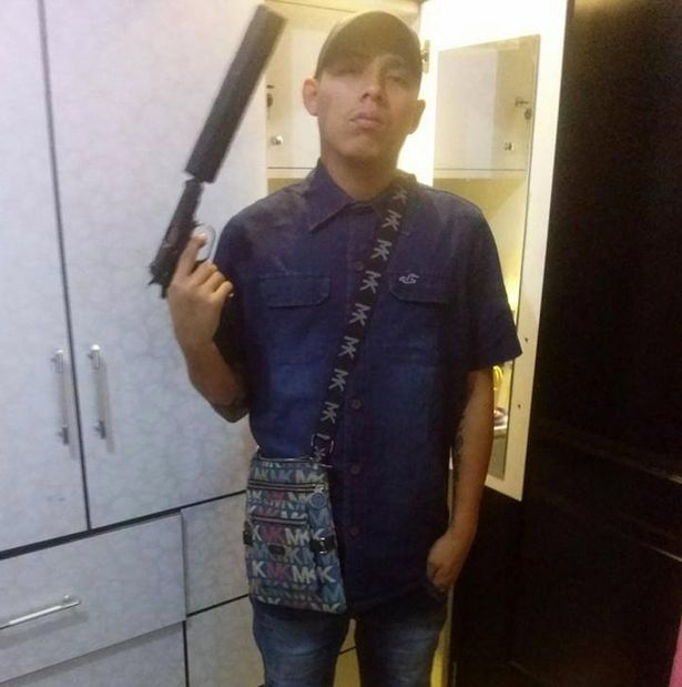 A Hitman Advertised Himself On Facebook Like An Idiot (4 pics)