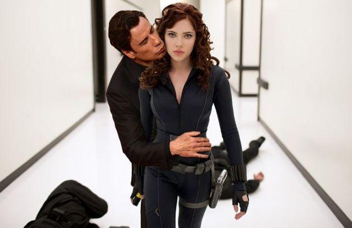 The Internet Is Having A Lot Of Fun With John Travolta And Scarlett Johansson (22 pics)