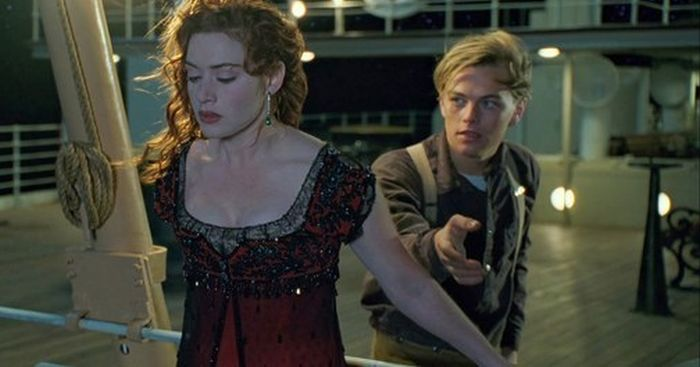 Was Jack From Titanic Actually A Time Traveler? (10 pics)