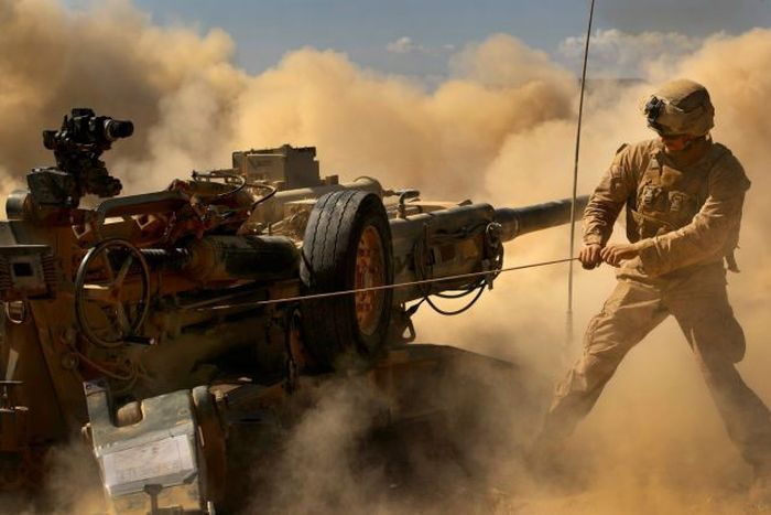 Incredible Photos Show US Marines In Action (100 pics)