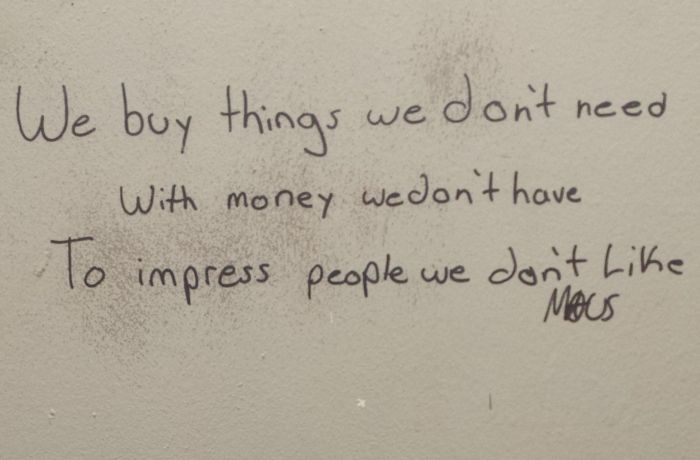 A Poetry Battle Went Down In The Bathroom (2 pics)