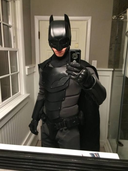 How A Real Life Batman Suit Would Stack Up Against Knives And Fists (14 pics)