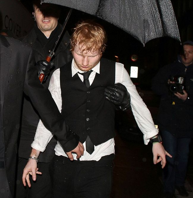 It Looks Like Ed Sheeran Partied A Little Too Hard After The BRIT Awards (10 pics)