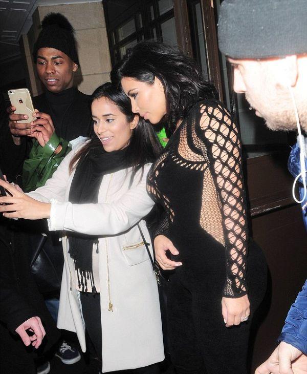 Kim Kardashian Goes Braless At The BRIT Awards (9 pics)