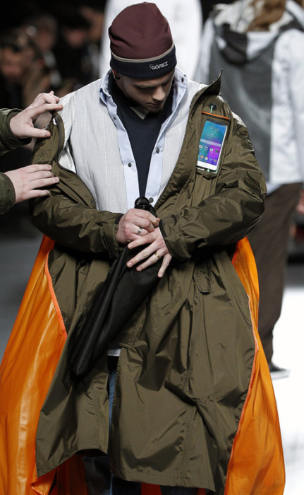These Jackets Turn Into Something Awesome (29 pics)