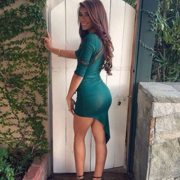 nayandara sexy ass pic in tight dress