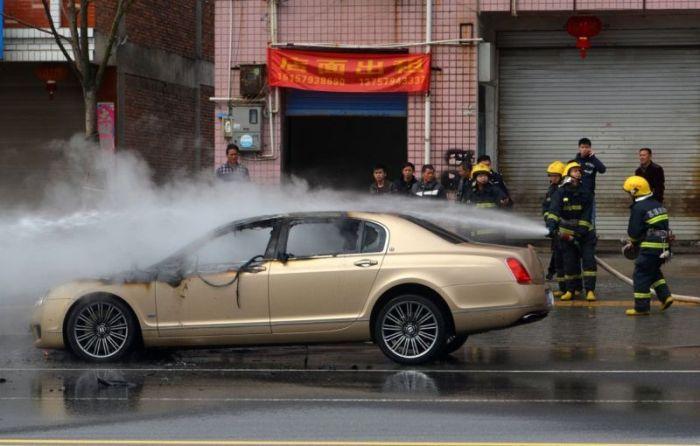 Say Goodbye To Your Bentley (6 pics)