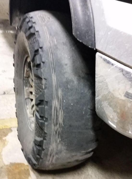 This Guy Definitely Needs Some New Tires (2 pics)