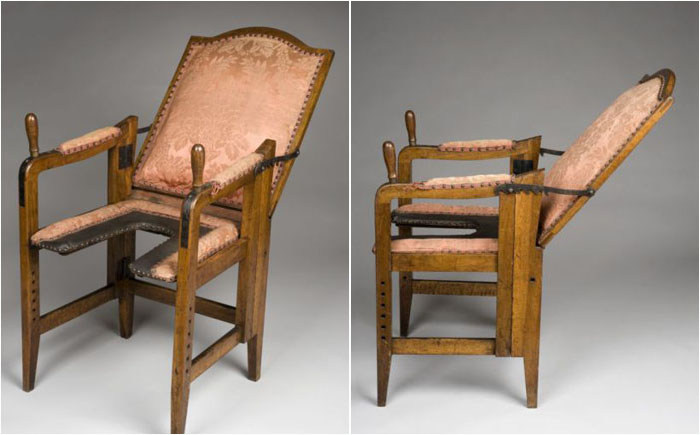 Ancient Birthing Chairs That Look Like Torture Devices (7 pics)