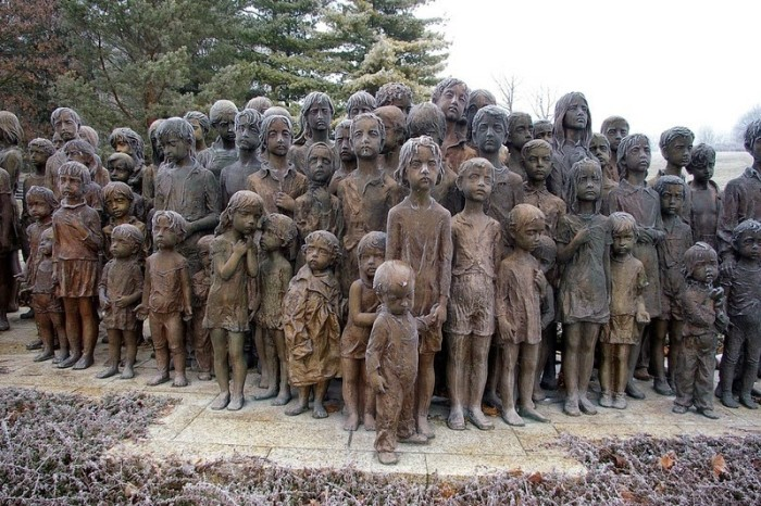 The Children's War Victims Memorial Is A Touching Tribute (8 pics)