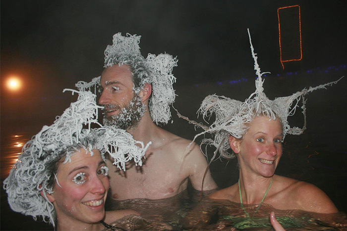 Canadians Freeze Their Hair At The Takhini Hot Springs (7 pics)