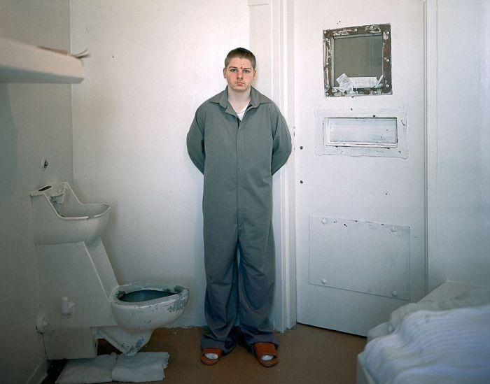 An Inside Look At Teens Behind Bars (11 pics)