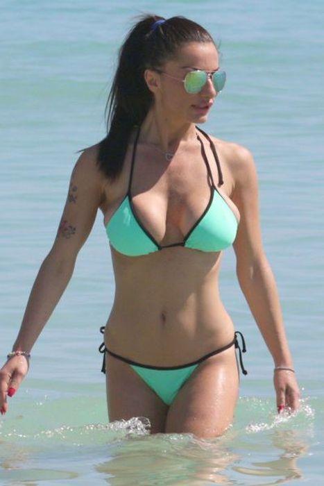Sexy Bikini Babes 59 Pics-2842