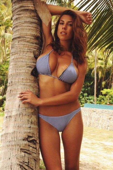 babe produtions Bikini