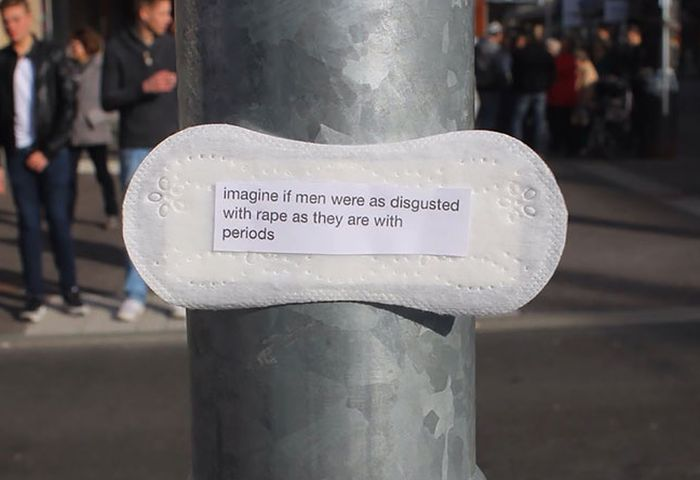 Woman Posts Period Pads With Feminist Messages All Over Her City (7 pics)