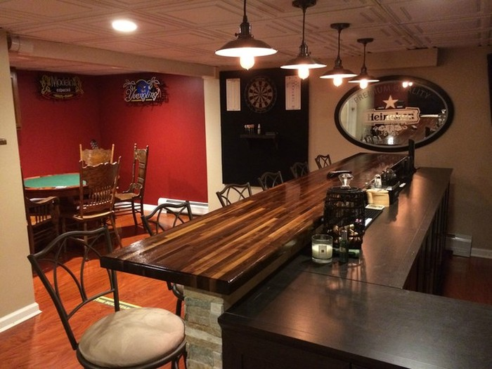 Man Turns Unfinished Basement Into The Ultimate Bar (12 pics)