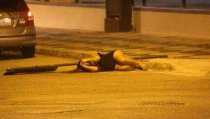 When Pole Dancing In The Street Ends Badly (2 pics)