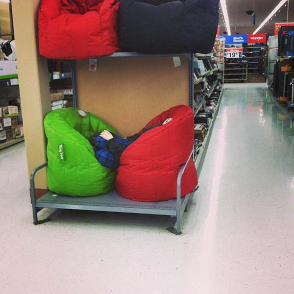 Kids That Have Been Completely Broken By Shopping (23 pics)