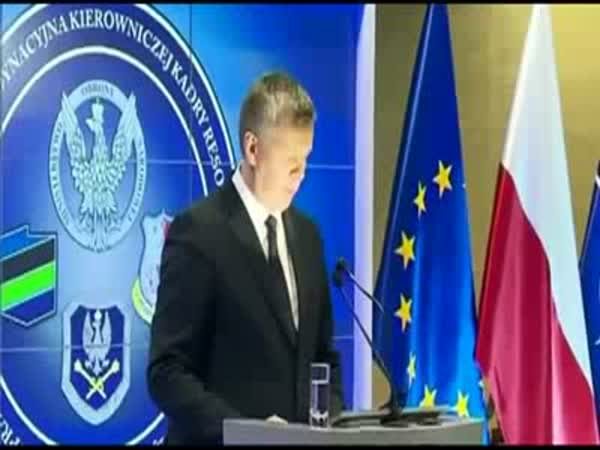 Polish Defense Minister Confuses Lamp For Microphone