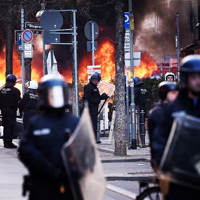 Protests Rage On In Frankfurt Germany (20 pics)