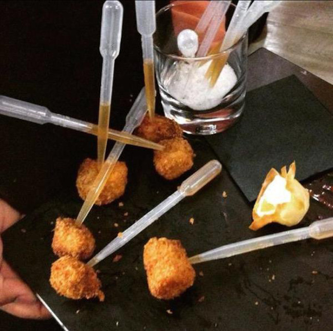 Restaurants That Went Way Too Far With Their Food Displays (22 pics)
