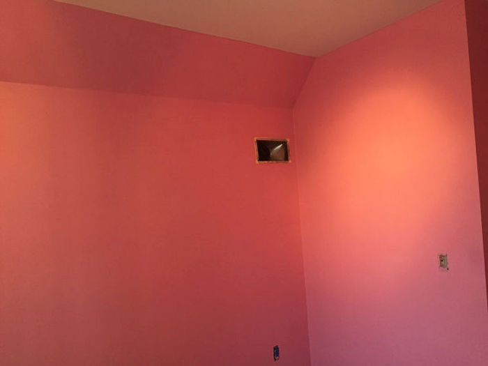 Guy Pulls The Ultimate Prank On His Brother By Painting His Room (20 pics)