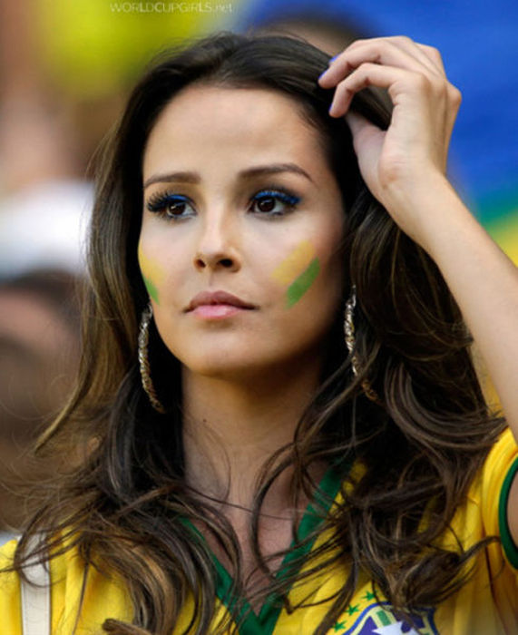 All The Best Brazilian Babes From The World Cup 55 Pics-2140