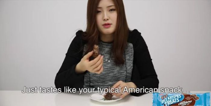 Korean Girls Have Hilarious Reactions After Tasting American Snacks (24 pics)