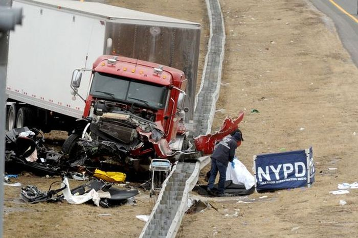 Off Duty Cop Kills His Two Friends In Drunk Driving Accident (5 pics)