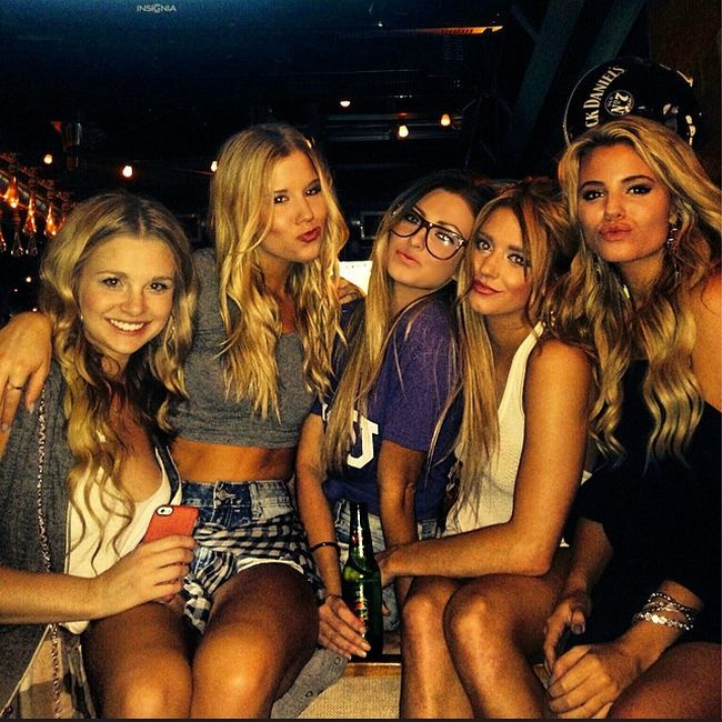 College Girls Are The Best Reason To Stay In School (40 pics)