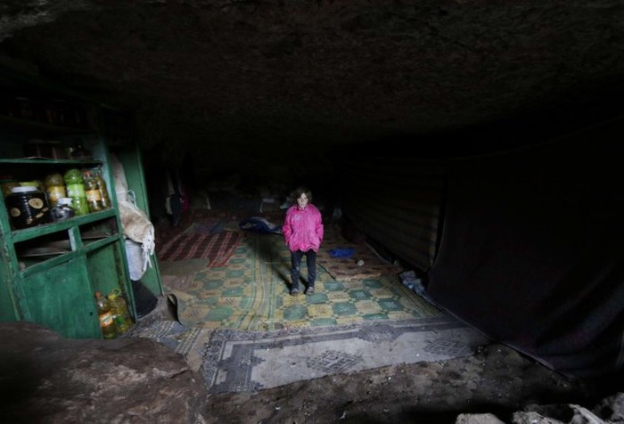 Inside The Secret Caves Of Syria (29 pics)
