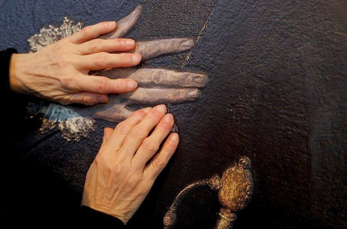 The Prado Museum In Madrid Opened A New Exhibit For Blind People (7 pics)