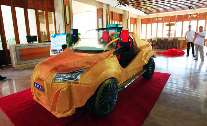 China's 1st 3D Printed Car Is Now On The Road (5 pics)