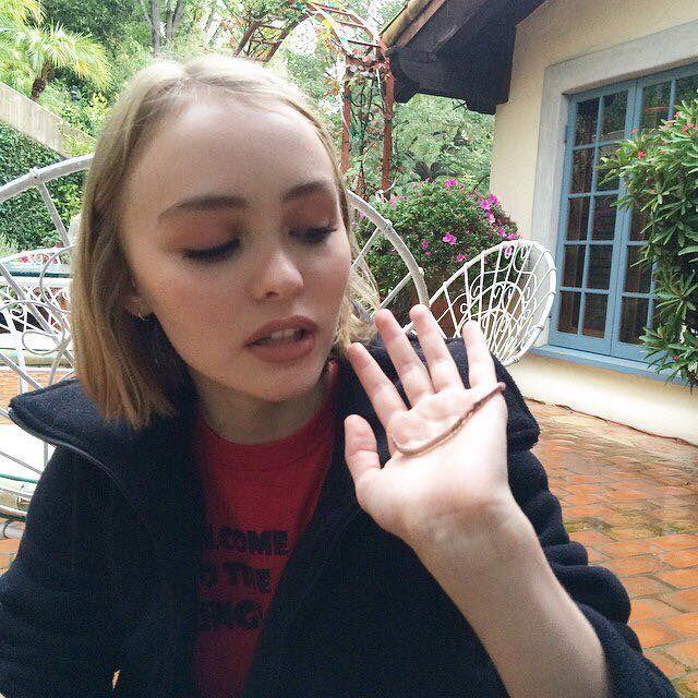 Meet Johnny Depp's Daughter Lily Rose Melody Depp (24 pics)