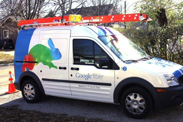 What Google Fiber Looks Like When It's Stripped All The Way Down (2 pics)