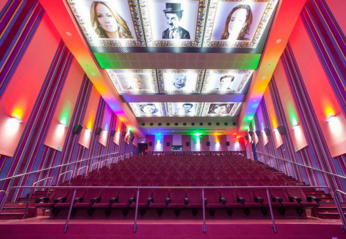 Beautiful Movie Theaters Around The World (31 pics)