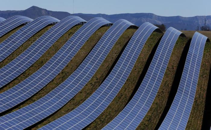 Solar Area In France (13 pics)