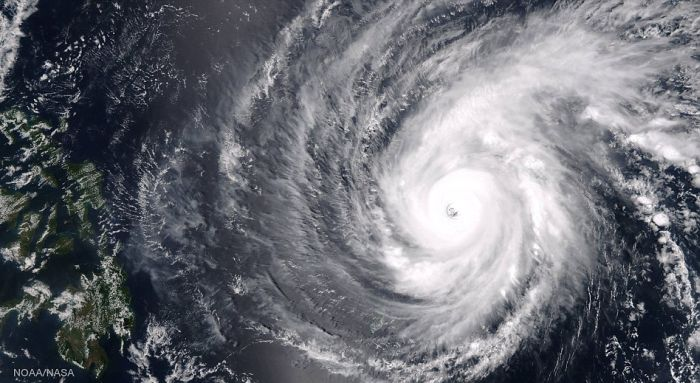 What A 140 MPH Super Typhoon Looks Like From Space (6 pics)
