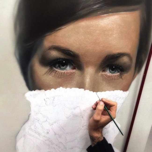 Amazing Hyperrealistic Paintings by Mike Dargas (12 pics)