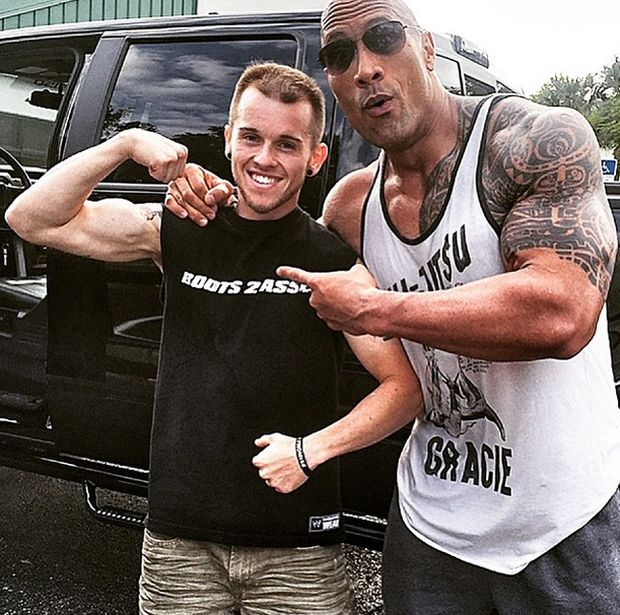 Proof That The Rock Has A Heart Of Gold (2 pics)
