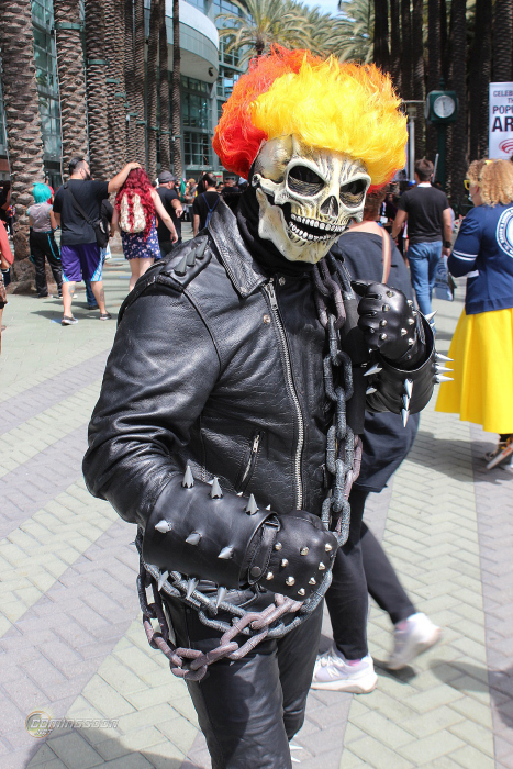 The Coolest Cosplay From WonderCon 2015 (34 pics)