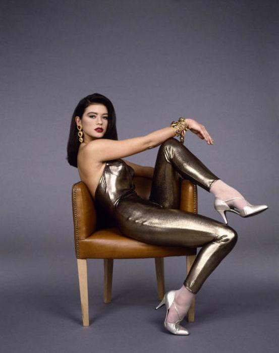 Catherine Zeta Jones Is An Ageless Beauty (31 pics)