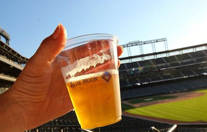 Beer Prices At MLB Stadiums Ranked Most Expensive To Least Expensive (3 pics)