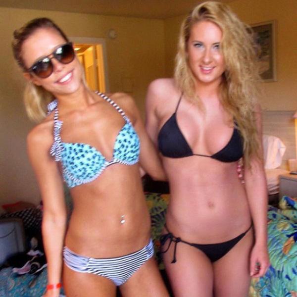 Hot Bikini Girls (62 pics)