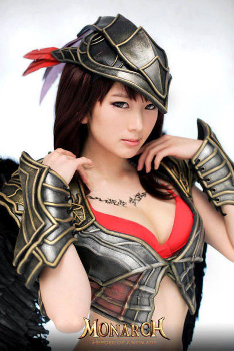 Hot Girls That Know How To Make Cosplay Look Cool And Sexy (42 pics)