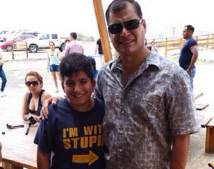 Kid Trolls The President Of Ecuador With His T-Shirt
