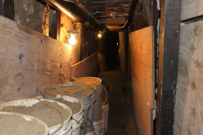Secret Wardrobe Tunnel Leads To Drug Ring (9 pics)