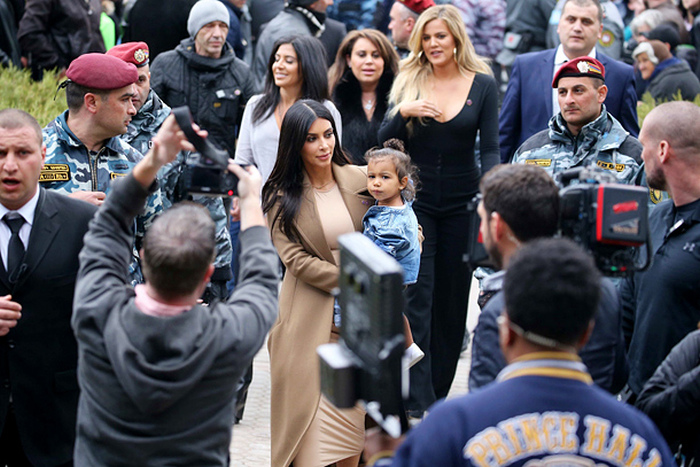 Kim Kardashian And Kanye West Visit Armenia (8 pics)
