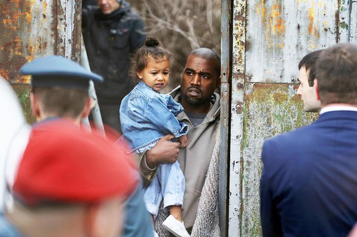 Kim Kardashian And Kanye West Visit Armenia (8 pics)