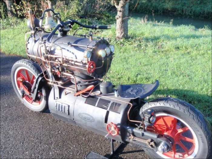 Revatu Customs Built An Epic Looking Steam Powered Motorcycle (10 pics)